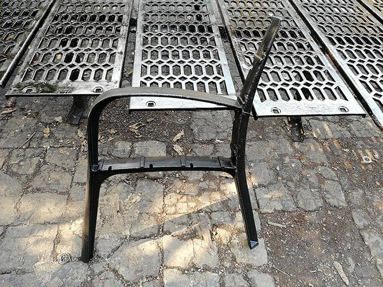 Outdoor Bench Leg